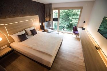 Blick in ein Zimmer im Parkhotel Schillerhain