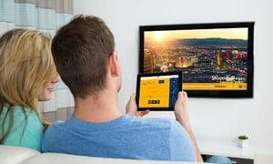 Hotelgäste streamen vom eigenen Gerät auf den Hotelfernseher