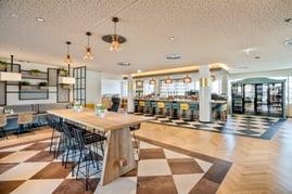 Die Küche im BASSENA Hotel Wien ist Bar, Bistro und Café in einem.