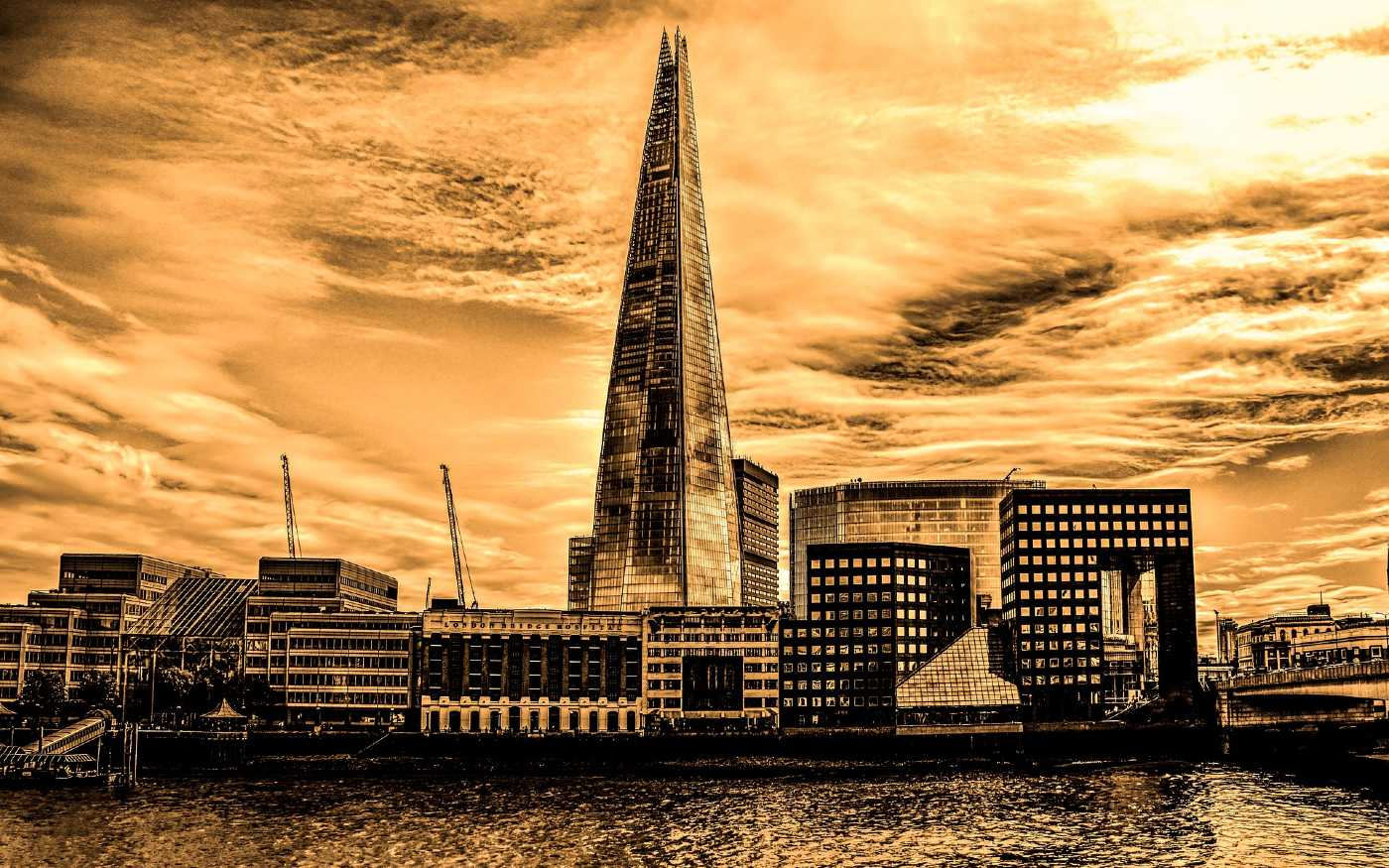 Black and white image of London skyline